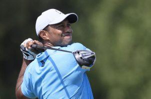 Tiger Woods, sufrió un accidente en su automóvil. Foto:EFE