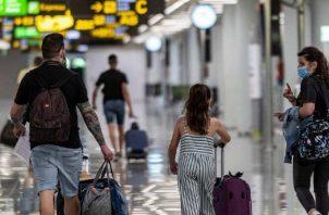 Colombia cerró el 2020 conectado con 24 países a través de 21 aerolíneas, cifras que superan la meta trazada por ProColombia en 2020. EFE
