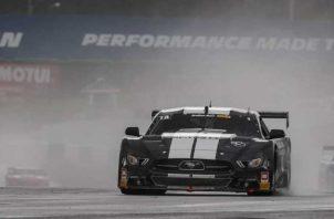 El panameño Óscar Terán ganó el circuito de Charlotte Race Speedtour Challenge. Foto:EFE
