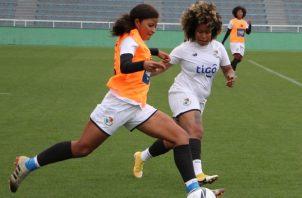 El equipo femenino entrenó ayer con miras al partido ante las japonesas. Foto:Fepafut