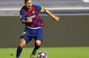 El técnico Ronald Koeman, espera la mejor versión de Messi y del Barcelona como equipo. Foto:EFE