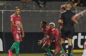 Chiriquí goleó al San Francisco por 3-0 ayer en el San Cristóbal. Foto:LPF