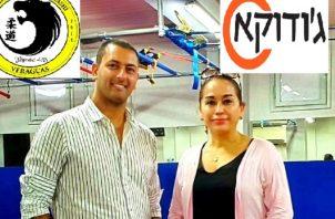 Roi Nigoz de Judoka y la embajadora de Panamá en Israel, Adis Urieta.
