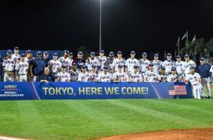 Equipo de Estados Unidos festeja su clasificación. Foto: @WBSC