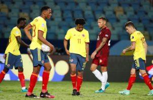 Jugadores de Colombia, luego del empate ante Venezuela. Foto:EFE