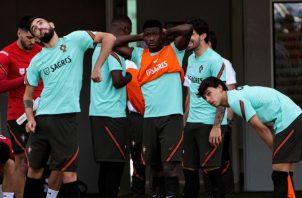 Portugueses entrenan Foto:EFE