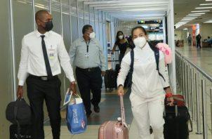 Kristine Jiménez a su llegada ala Aeropuerto Internacional de Tocumen. Foto:@Pandeportes