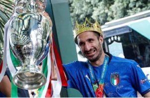 Giorgio Chiellini ganó la Eurocopa con Italia. Foto:EFE