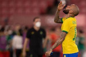 Dani Alves es el capitán de Brasil. Foto:@CBF_Futebol