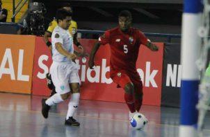 El jugador paanmeño Alfonso Maquensi (5). Foto:@Fepafut