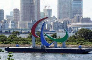Un símbolo para los Juegos Paralímpicos de Tokio 2020 en el Parque Marino de Odaiba en Tokio, Japón. Foto:EFE