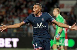 Kylian Mbappé cumplirá su contrato con el PSG hasta junio de 2022. Foto:EFE