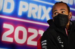 Hamilton Lewis lidera el campeonato de Fórmula Uno. Foto:EFE