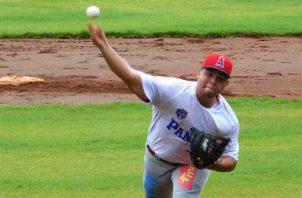 Julio Goff de los Angelinos, estará con la U23. Foto:Fedebeis