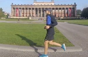 Juan Cedeño, es uno de los panameños que llegó a Europa con la mira puesta en correr la Maratón de Berlín. Cortesía