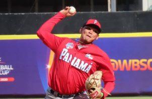 El lanzador chiricano Julio Avendaño realizó una buena labor contra Venezuela. Foto:@Fedeb eis