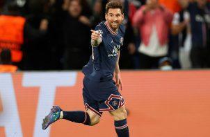 Messi del PSG festeja su gol ante el Machester City. Foto:EFE