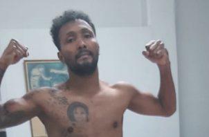 """Anselmo """"Chemito"""" Moreno, se encuentra en buenas condiciones físicas para su pleito."""