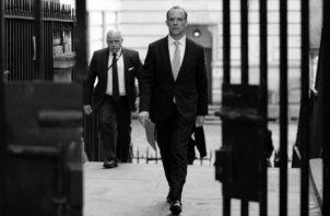 Dominic Raab, el Secretario de Estado de Relaciones Exteriores, podría reemplazar provisionalmente al primer ministro Boris Johnson. Foto: AP.