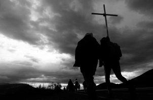 Jesús se ofreció en sacrificio vivo y santo por cada ser humano que existió y existe actualmente para consagrarse a Dios. Foto: EFE.