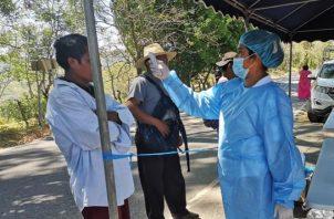 Las autoridades de salud siguen solicitando a la población guardar las medidas sanitarias.Foto/Mayra Madrid