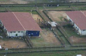 La lista de los reclusos candidatos a esta rebaja de pena fue elaborada por el Ministerio de Gobierno para mitigar el contagio del COVID-19.