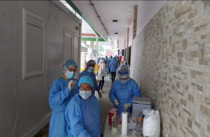 Hasta la fecha se han realizado 29,996 pruebas de coronavirus en Panamá. Foto: Minsa.