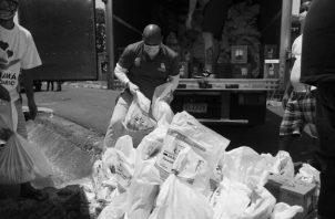 Pedir comida, exigir el bono solidario, solicitar que les llegue la asistencia solidaria, ¿en qué o cómo representa un delito? Foto: Víctor Arosemena. Epasa.