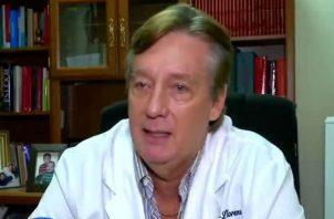 Xavier Sáez-Llorens estima que en Panamá debe haber entre 75 mil y 150 mil personas que ya le ha dado coronavirus, lo que representa el 2.5% de la población.