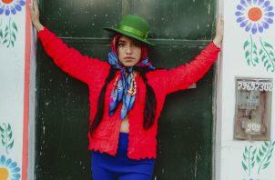 Renata Flores usa quechua en sus canciones. Foto / Celia D. Luna.