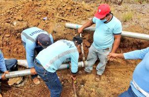 se colocaron 700 metros de tubería mejorando el suministro en este sector. Foto/Thays Domínguez