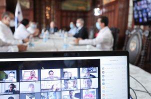 La mesa ya ha logrado el establecimiento del reglamento de diálogo.