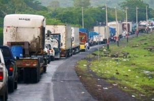 El 90% del abastecimiento regional se hace vía terrestre. Al cerrar Costa Rica sus fronteras, estará dejando sin acceso a productos claves al resto de la región. Vía/@perjumador