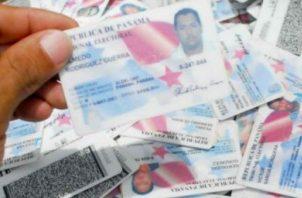 La expedición de las cédulas y carnés de residentes de panameños extranjeros, tendrá una vigencia de 15 años