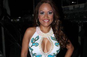 Sandra Sandoval, cantante de música típica.