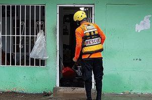 En la 24 de Diciembre, Las Mañanitas y Felipillo hubo reporte de introducción de agua en al menos seis residencias.