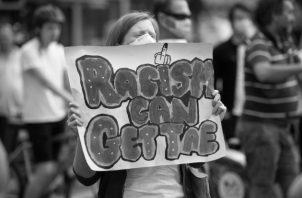 Una de las múltiples protestas antirracismo. ¡No Puedo Respirar!, ¡I can't breathe!, es el grito universal contra el racismo y los racistas. Foto: EFE.