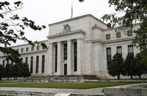 """La Reserva Federal de EE.UU. """"cruzó muchas rayas que no se habían cruzado antes"""", dijo su presidente Jerome H. Powell. Foto / Patrick Semansky/Associated Press."""