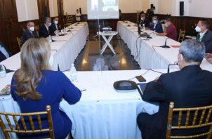 En medio de la ucha contra la pandemia de COVID19 el Gobierno ha creado diversos comités.