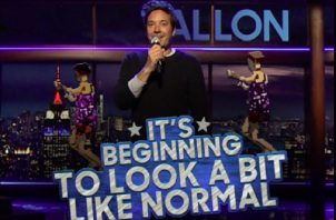 """Jimmy Fallon salió de casa para volver al escenario de """"Tonight"""". Foto: Instagram"""