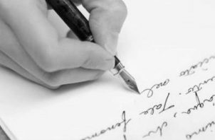Panamá maneja un considerable volumen de documentos, mayormente escritos en el idioma inglés, los cuales requieren de una traducción ética y profesional. Foto: Archivo.