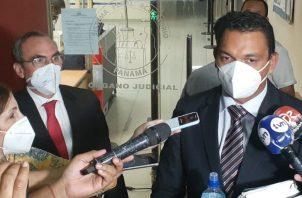 """A """"Picuiro"""" López se le registró un rifle marca IWI, documentos y computadoras tras la Operación Furia."""