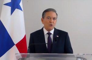 El presidente de la República, Laurentino Cortizo Cohen participó de la toma de posesión de la nueva Junta Directiva de Apede. Foto/@Apedeorg