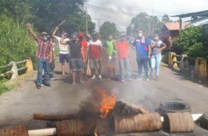 Las protestas iniciaron desde el pasado jueves con cierre de vías y quemadera de llantas. Fotos: Melquíades Vásquez.