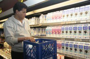 La industria nacional de lácteos que ante la actual pandemia no se ha detenido, está vigilante del balance entre la oferta y la demanda.