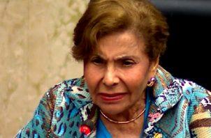 Diputada Mayín Correa pide justicia para víctimas de abuso policial.