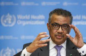 El director general de la Organización Mundial de la Salud (OMS), Tedros Adhanom Ghebreyesus, dijo que el exceso de demanda está creando ya un nacionalismo de vacunas y hay riesgo de que suban los precios de ellas. FOTO/EFE