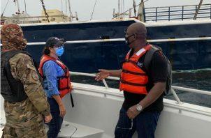 Fue verificada la documentación de algunas embarcaciones. Fotos: Cortesía.
