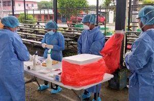 El equipo de respuesta rápidase dirige a las residencias de los pacientes con previa comunicación. Twitter Minsa.