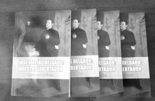 """""""José Matías Delgado: nuestro libertador"""", hace, además, un llamado urgente al rescate de los valores patrios, al sentimiento cívico por la patria, según su autor, Andree Cardona. Foto: Cortesía."""